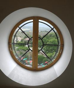 menuisier fabricant fenêtre jalousie en bois